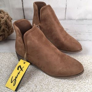 Seven7 Tan Brown Soho Ankle Booties Boots Suede